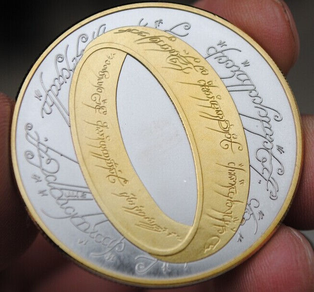 40mm The Lord of rings silver and gold plated Souvenir Coin – New Zealand