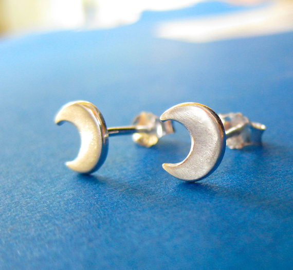 e6d732ed8 1Pair Fashion Cute Tiny Half Moon Stud Earrings simple Crescent moon  earrings stud jewelry for girl gift-in Stud Earrings from Jewelry &  Accessories on ...