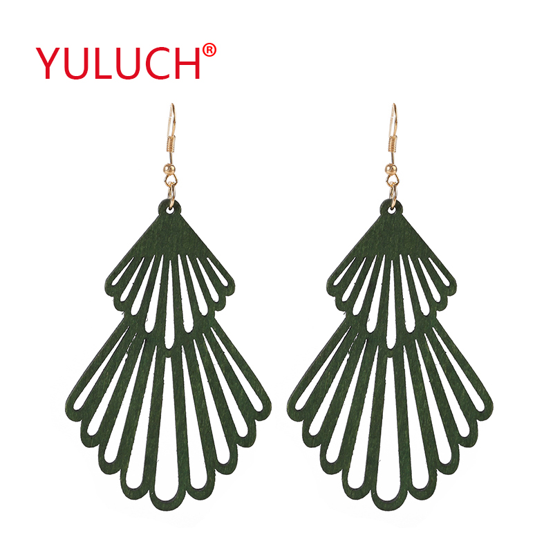 YULUCH Natural Wooden Fashion Earrings Log Christmas Snowman Shaped Pendant For Personality Woman Fashion Jewelry Earrings Gift