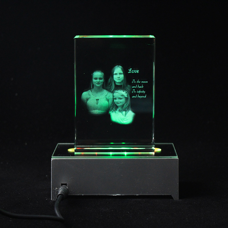 Customized Crystal Family Lovers Photo Album Image Laser Photo Frame With Led Base For Wedding Anniversary Gifts