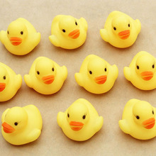 10pcs Bath Duck Toys Classic Hobbies squeeze water Bathroom Bathing Water Spraying Tool baby shower birthday