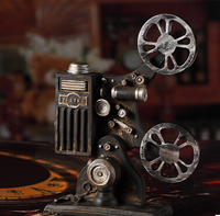 Creative Vintage Movie Projector Model Camera Photography Props Resin Craft Bar Coffee Net Bar Home Decoration Accessories Craft