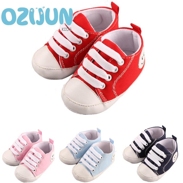 Heißer Verkauf Neugeborener Babyjungen erste Wanderer Schuhe Baby Turnschuhe Kleinkind Kleinkind weiche Sohlen Segeltuchschuhe Sport 0-12 Monate