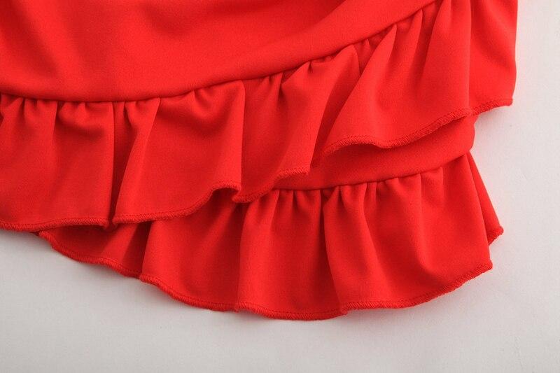 Robe été rouge épaules nues
