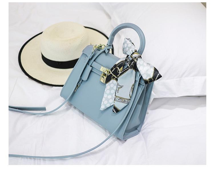 Lkprbd 2018 new trend handbags high-end custom leather bag handbag shoulder slung lock leather small bag tide lkprbd new handbag fashion 100