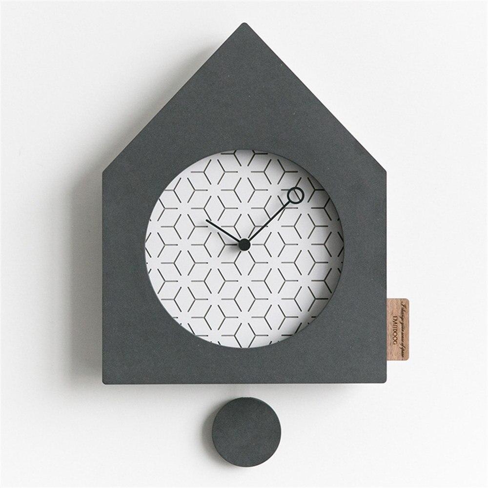Horloge murale en MDF moderne nordique ronde minimaliste gris noir forme de maison artistique silencieusement Suzuki horloge pour café décor à la maison