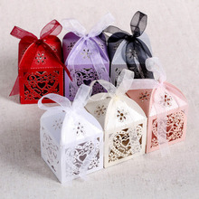 ФОТО 100pcs love heart laser cut candy gift boxes with ribbon wedding party favor box