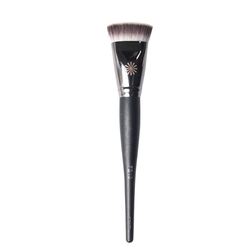 4894df17b1c6 US $7.64 15% OFF|Korean Beauty FB19 Foundation Brush Flat Dense Liquid  Cream Cosmetic Brush Sculpting Bronzer Contour Base Makeup Brush-in Eye  Shadow ...