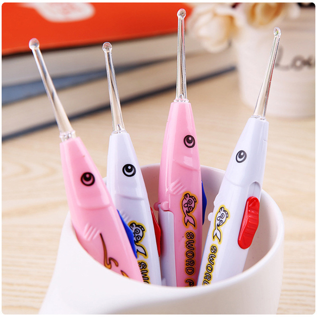 Brand Hot LED Flashlight Earpick Ear Wax Cleaner Tool Fish-shaped Soft Silicone Spoon Ear Syringe for Girls and Boys