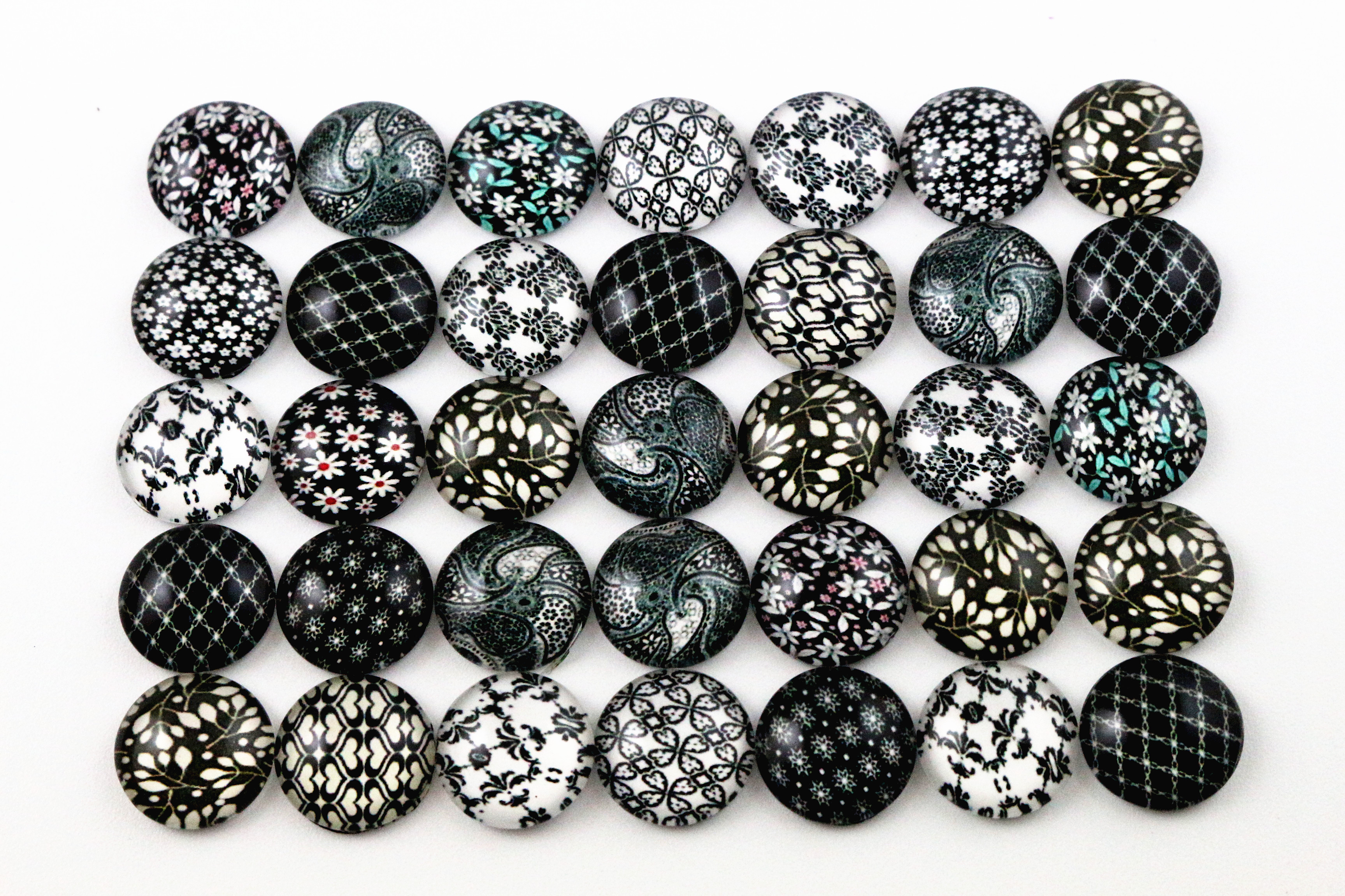 50pcs/Lot 12mm Photo Glass Cabochons Mixed Handmade Cabochons For Handmade Bracelet earrings necklace Bases Settings(G2-06)50pcs/Lot 12mm Photo Glass Cabochons Mixed Handmade Cabochons For Handmade Bracelet earrings necklace Bases Settings(G2-06)