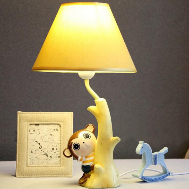 110 V-220 V Habitación de Los Niños Llevó Lámpara de Mesa E14 Led Luz del Escritorio Meng Mono Interruptor de Botón de la Lámpara de Cabecera Lámparas de Escritorio de Madera de dibujos animados