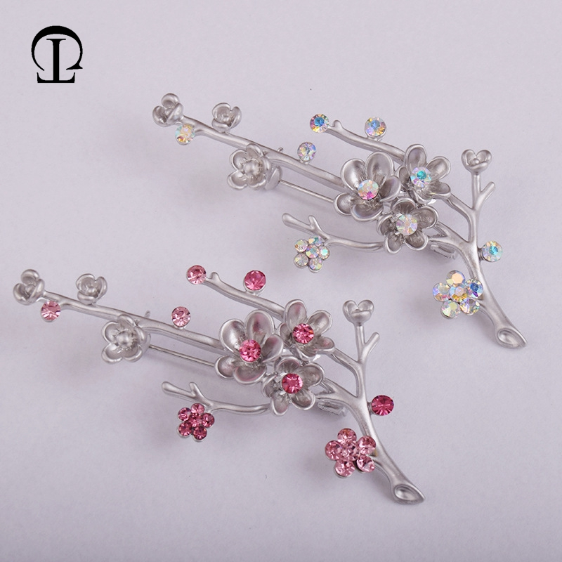 1pcs/lot red plum blossom brooches pins bodice AB color safety pins for craft brooches DIY wedding garment clothing decoration