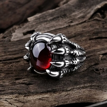 WAWFROK Fashion Stainless Steel Skull Rings Women Ring Silvery Ring Man's Popular Punk Red Jewelry Claw Finger Circle R-128