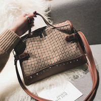 Luxury Brand Women Canvas Plaid Bags Large Tote Bag Female Handbags Designer Big Crossbody Rivets Messenger Bag