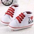 Новый детская обувь 2017 красный любовь папа мама сердце мальчик девушка обувь Детские Мокасины Первый Ходунки мягкой подошвой холст случайный обувь