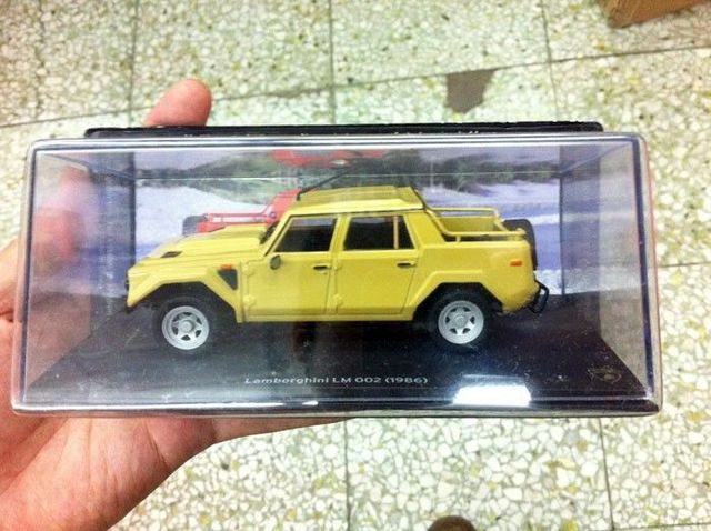 IXO 1:43 scale Diecast Model Cars Laghinimbor LM 002 1986