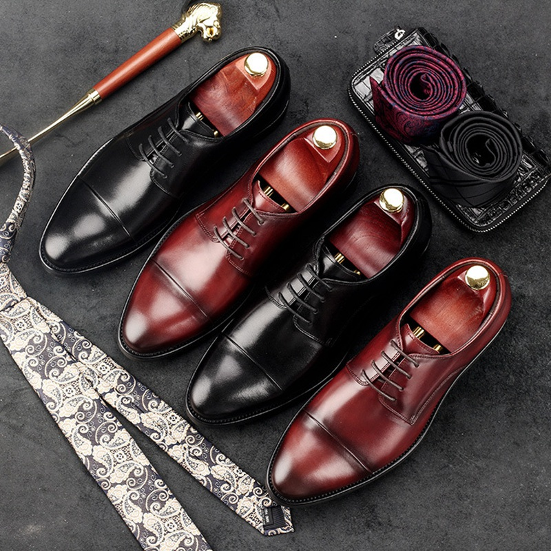luxury round toe breathable man formal dress shoes genuine leather derby carved oxfords famous men s bridal wedding flats gd78 Vintage British Style Man Cap Top Shoes Genuine Leather Formal Dress Oxfords Round Toe Derby Bridal Men's Wedding Footwear GD30