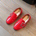 Горячие продажи детей shoes girls shoes новый лакированной кожи девушки одеваются shoes дети дышащий случайные принцесса одиночные shoes kids