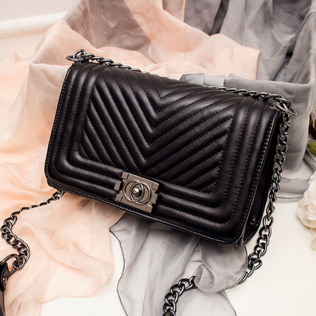 00a52ef309f2 Luxury Handbags Women Bags Fashion Designer Women Messenger Bags Summer Vintage  Fashion V Small Chain Crossbody