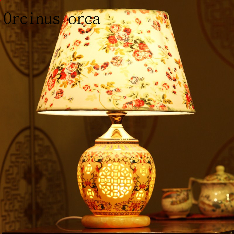 The Chinese Garden Of Jingdezhen Ceramic Desk Lamp Study Room Bedroom Cloth Desk Lamp Free Shipping
