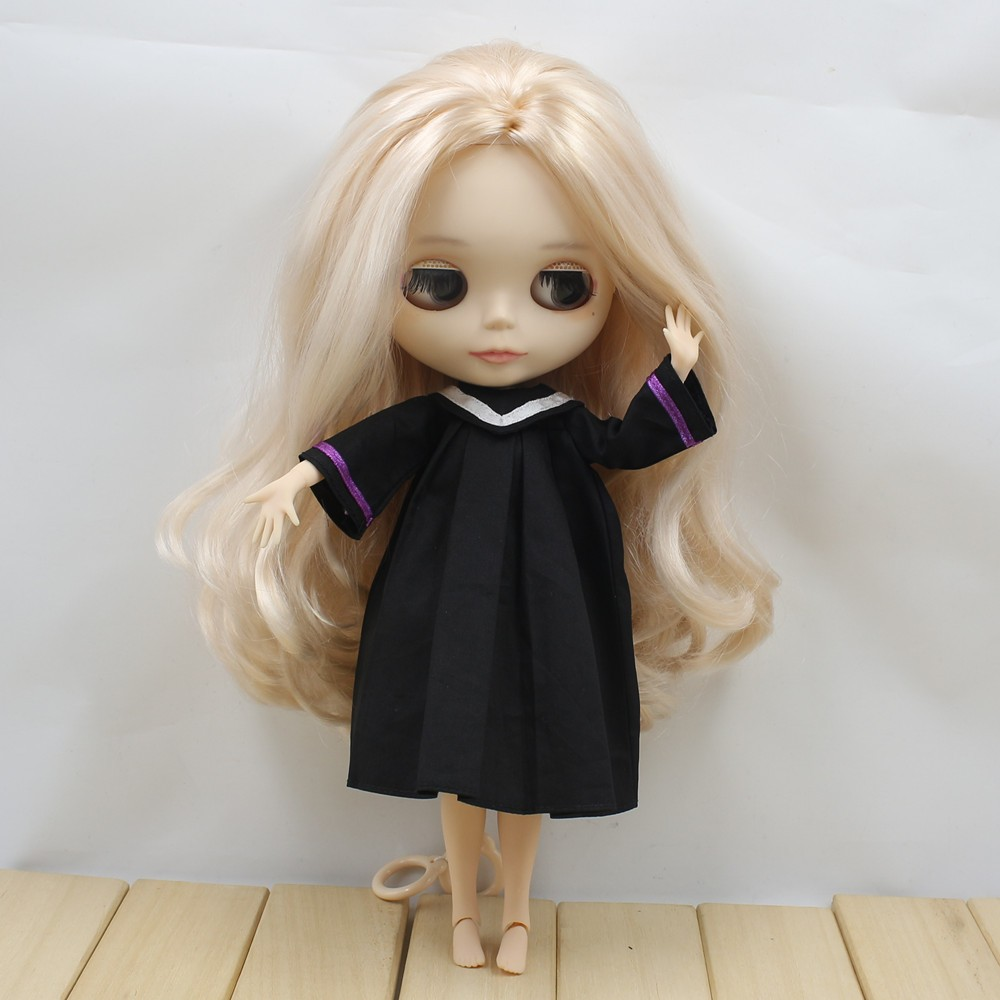 Neo Blythe Doll Graduation Dress With Trencher Cap 2