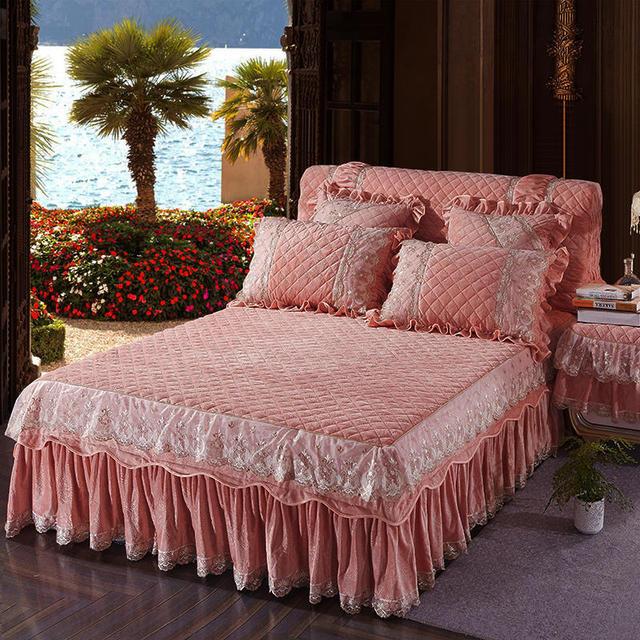 مجموعة أغطية سرير سميكة مبطنة مصنوعة من الصوف ومزودة بغطاء سرير بحجم كبير مناسب للملكة بالكامل متوفرة بالألوان الوردي والأزرق