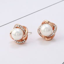 2017 new fashion crystal earrings white pearl earrings fashion popular  rose gold pearl jewelry