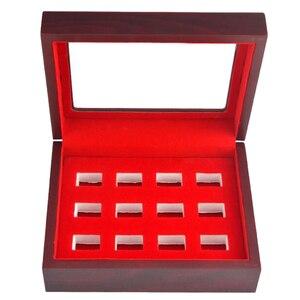 Image 2 - MagiDeal boîte en bois couvercle en verre 12 trous fente pour les Fans de sport athlète championnat anneau rouge intérieur Antique Collection