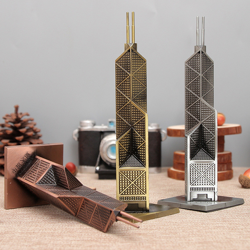 Elegant Building Figurines Metal Craft Bank of China Tower Metal Tower Gift Decorartive Craft Figurine Office Decor Crafts