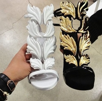 Amazing Lady Angel Wings Black Nude Thin High Heels Sandals Gladiator Rome Wedge Women Golden Leaf Leather Pumps Shoes Discount римские сандали