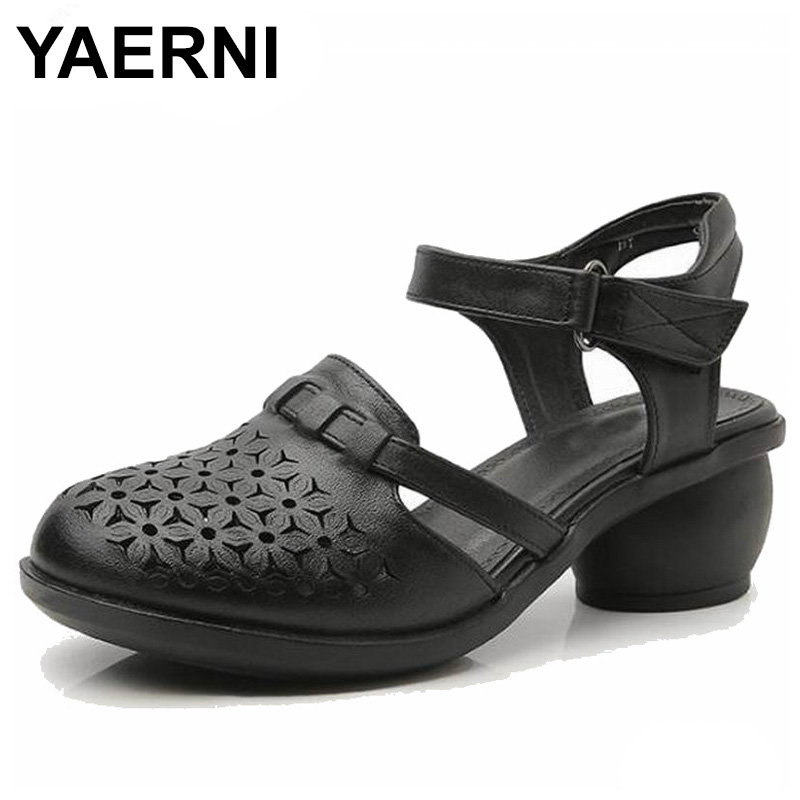 YAERNI 2018 Women Thick Heels Sandals Covered Toe Shoes Ethnic Style Summer Genuine Leather Hollow Women Sandals E573YAERNI 2018 Women Thick Heels Sandals Covered Toe Shoes Ethnic Style Summer Genuine Leather Hollow Women Sandals E573