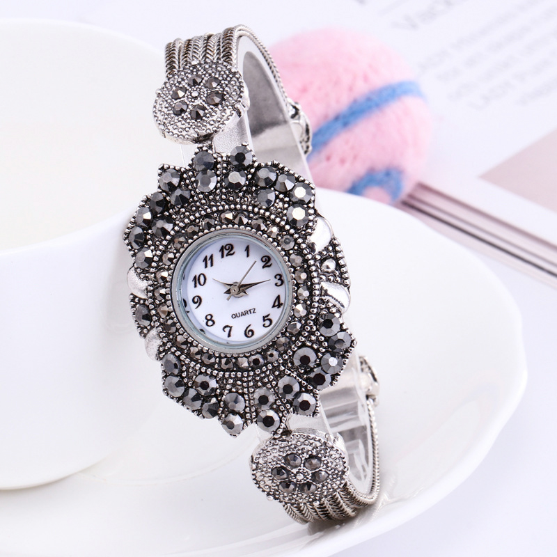 Shsby women Jewelry Watches Casual Quartz Bracelet Watch lady flower  Rhinestone Clock Women Luxury Crystal Dress Wristwatches-in Women s Watches  from ... 23962f26d48f