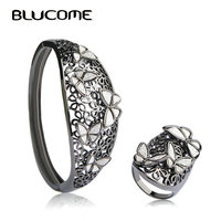 Blucome Shiny Flower Butterfly Wide Bangles Ring Sets For Women Big Bangle Wide Rings Black Gun