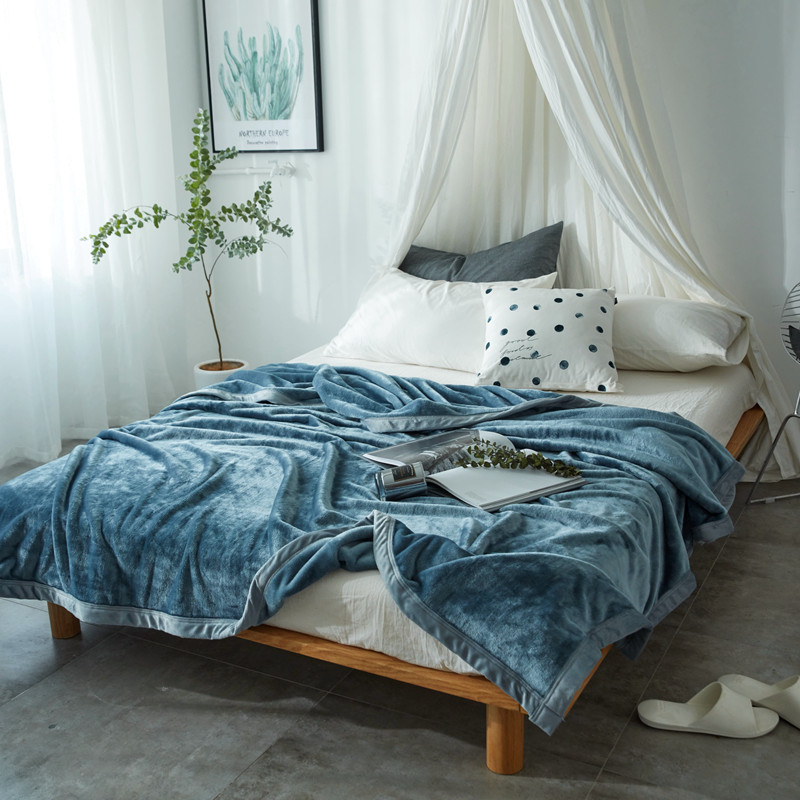 Dikke gooi dekens voor bedden effen spreien volwassen zachte warme gebreide fleece deken voor sofa/vliegtuig/auto/ reizen draagbare-in Deken van Huis & Tuin op  Groep 1