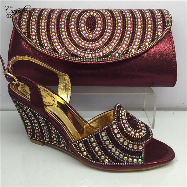 Charming party set wedge heel sandal shoes and handbag set with rhinesones GY27 in wine, height 8cmCharming party set wedge heel sandal shoes and handbag set with rhinesones GY27 in wine, height 8cm