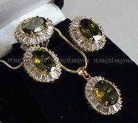 Mot fine péridot boucles d'oreilles/anneau/collier pendentif set montre en gros choker ensembles de bijoux pour femmes anime cristal