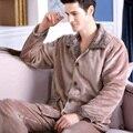Masculino sleepwear inverno espessamento set lounge flanela de manga comprida plus size masculino coral fleece sleepwear