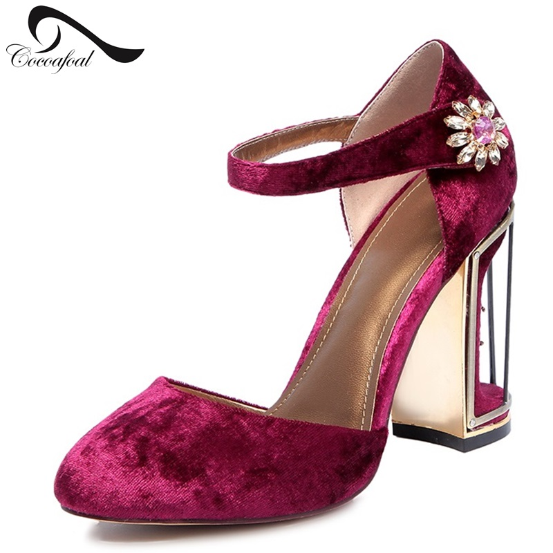 ФОТО Fashion Suede Diamond High Heels Banquet Wedding Shoes Women's Shoes Comfortable Retro Round Toe Pumps Big Size Red Buckle Style