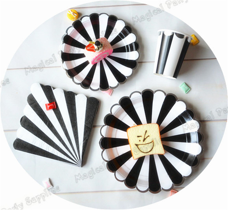 40pcs Large Black Striped Paper Plates Black and White Stripe with Silver Scallop Tableware Cups Napkins Wedding Party Supplies-in Disposable Party ...  sc 1 st  AliExpress.com : black and white striped paper plates - Pezcame.Com