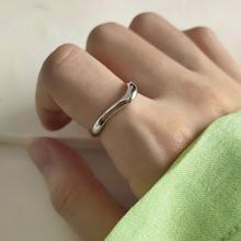 925 Sterling Silver Distortion Rings Silver Simple Glossy Temperament Korea Style Open Rings For Women Jewelry Gift louleur 925 sterling silver letter breeze open rings silver square glossy simple element design trendy rings for women jewelry