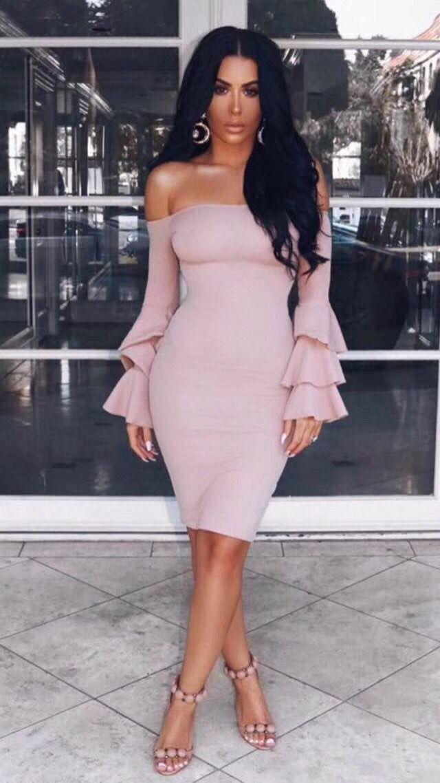 Bandage Tricoté Top Qualité Robe Femmes Designer Ruches Élastique Beige Encolure Sexy 2017 zqUVpSM