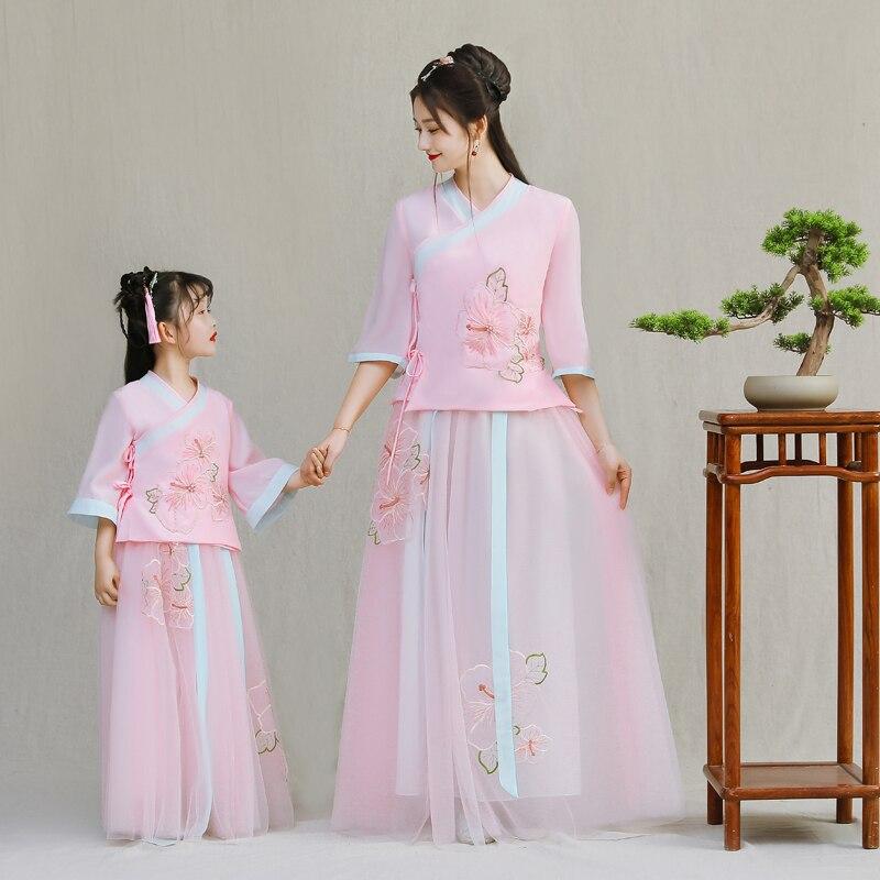 Vestidos Filha da mãe Vestido de Noiva Chinês Moda Desgin New Mommy and Me Roupas para a Família Roupas Combinando Vestidos de Rosa - 4