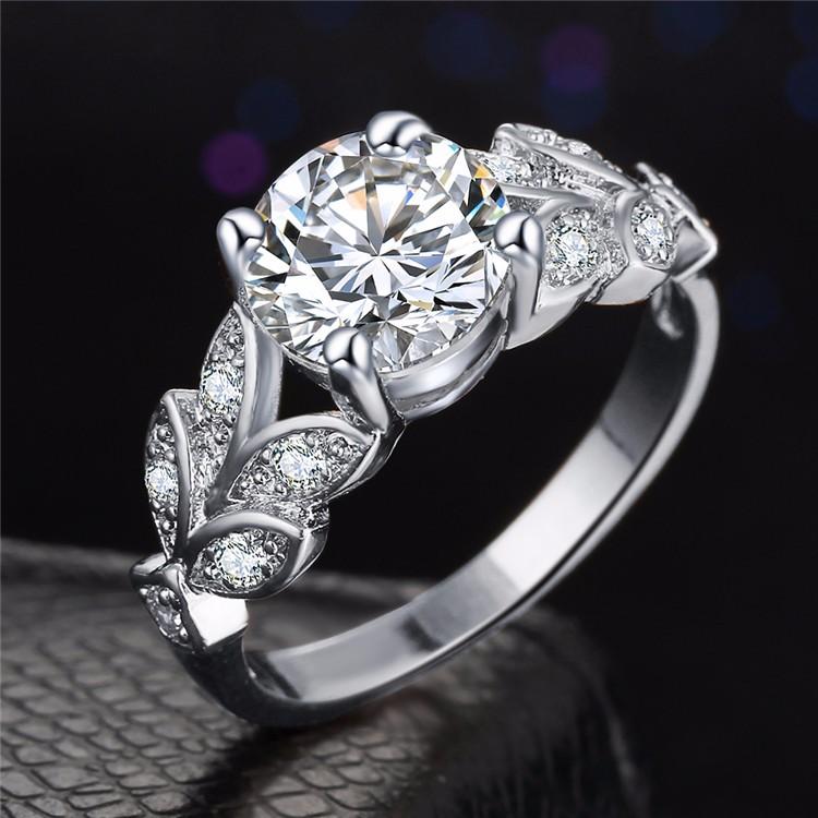 خاتم زفاف لون زهبي او فضي مع مكعب الزركون 2