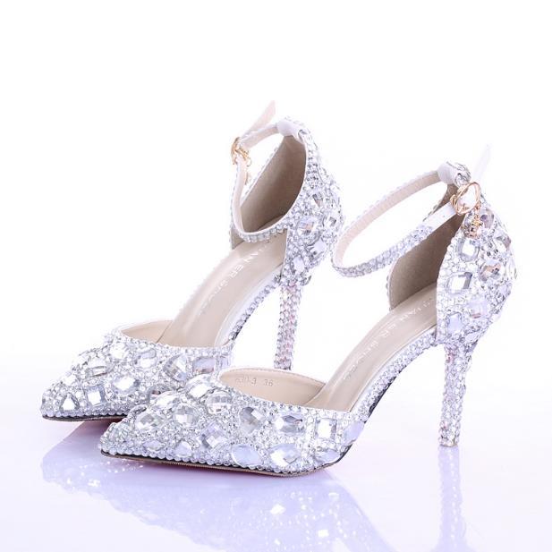 Été creux strass chaussures de mariée blanc à talons hauts fine avec des chaussures en cristal mot bracelet chaussures de mariage pointe