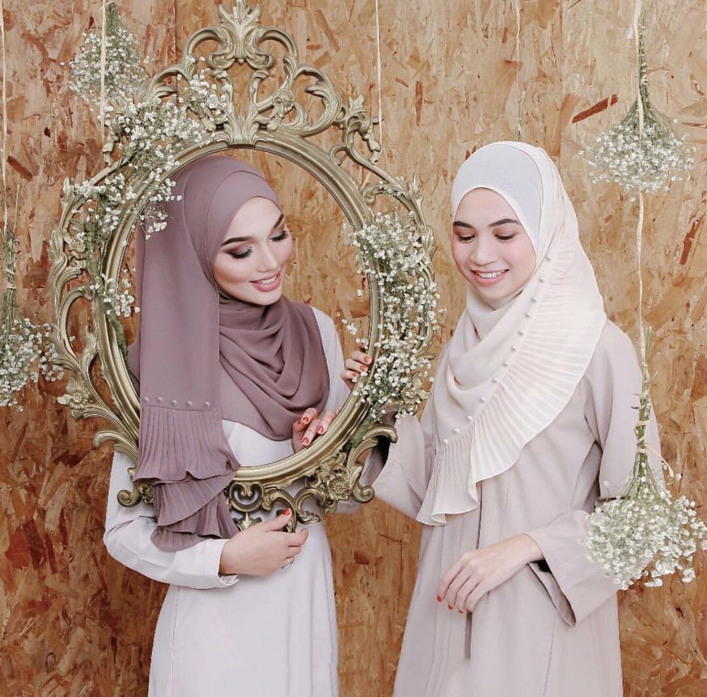 2019 NEW Women Pearl Chiffon Solid Color Muslim Head Scarf Shawls And Wraps Pashmina Bandana Female Foulard Crinkle Hijab Stores