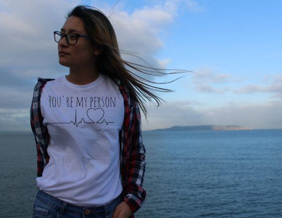 competitive price eeb55 7ca08 US $7.9 16% di SCONTO|Nuovo Arriva Stile Casual Abbigliamento Tees SEI MIA  PERSONA T Shirt Ragazza Tumblr T Shirt Hipster Estetica Trendy Top Abiti T  ...