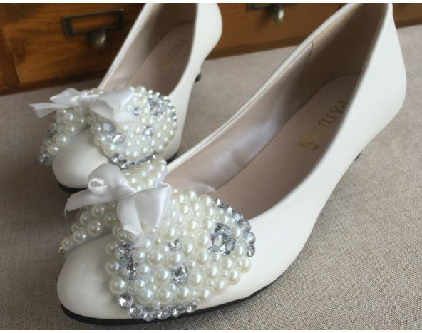 ФОТО Luxury rhinestones wedding shoes white bow bowtie beading pearl PR669 high low custom make heels woman party pumps