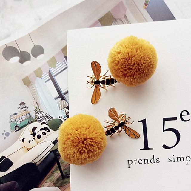 2018 модные простые серьги шарики с помпоном медовой пчелы для