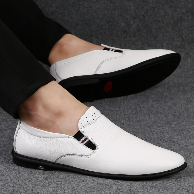 2020 new fashion men's shoes casual genuine leather loafers man classics white slip on shoe male driving shoes for men hot sale