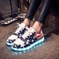 Primavera Otoño Nueva LED Luces Brillan Zapatos Coloridos Zapatos Casuales Zapatos Planos de Las Mujeres Parejas de Carga USB